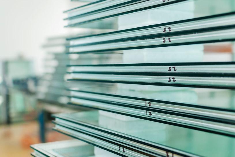 Panele ze szkła hartowanego. Zdj. ilustracyjne /123RF/PICSEL