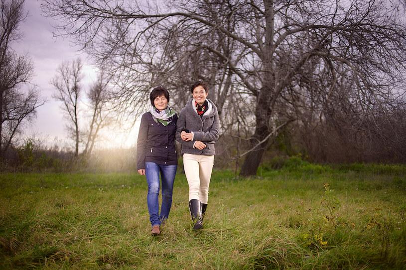Pani Michalina Maciuszek z córką Pauliną podczas spaceru. /INTERIA.PL