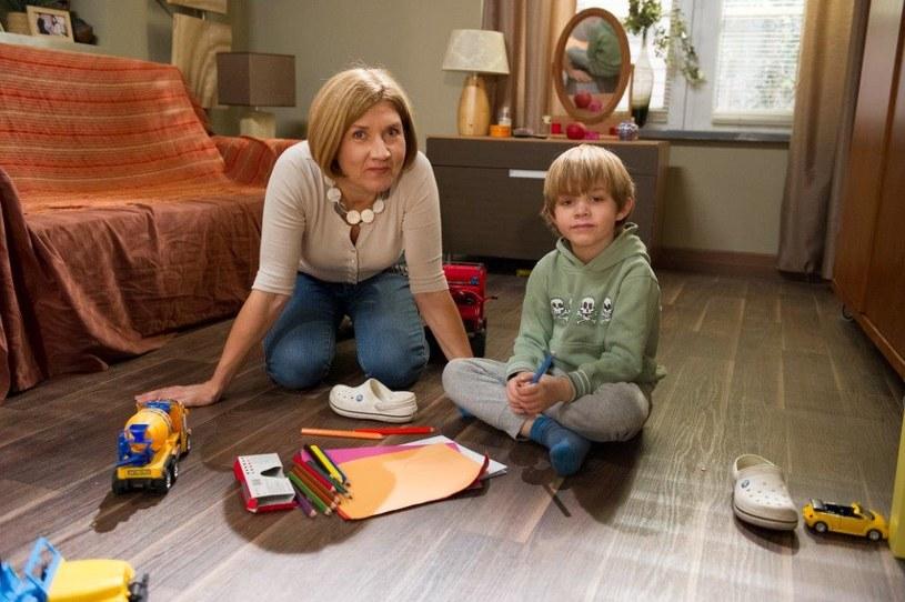 Pani psycholog zauważy, że dziecko Brzozowskich przeżyło w przedszkolu traumę... /TVN