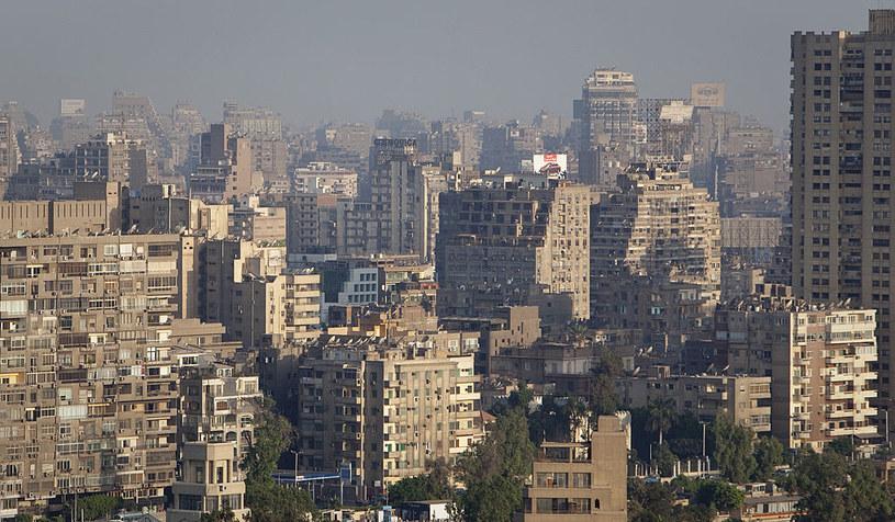 Panorama Kairu - miasta pełnego kontrastów /Thomas Truschel /Getty Images