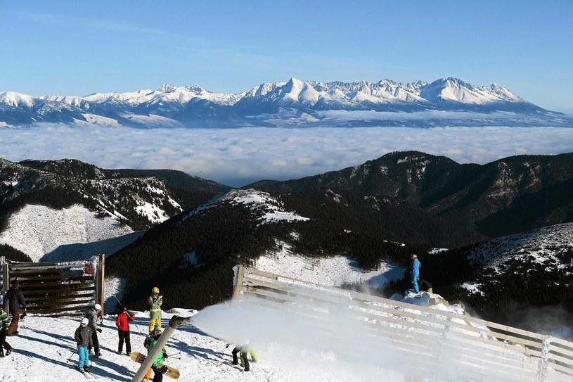 Panorama Tatr Wysokich widziana ze szczytu Chopoka /Marek Podmokly  /