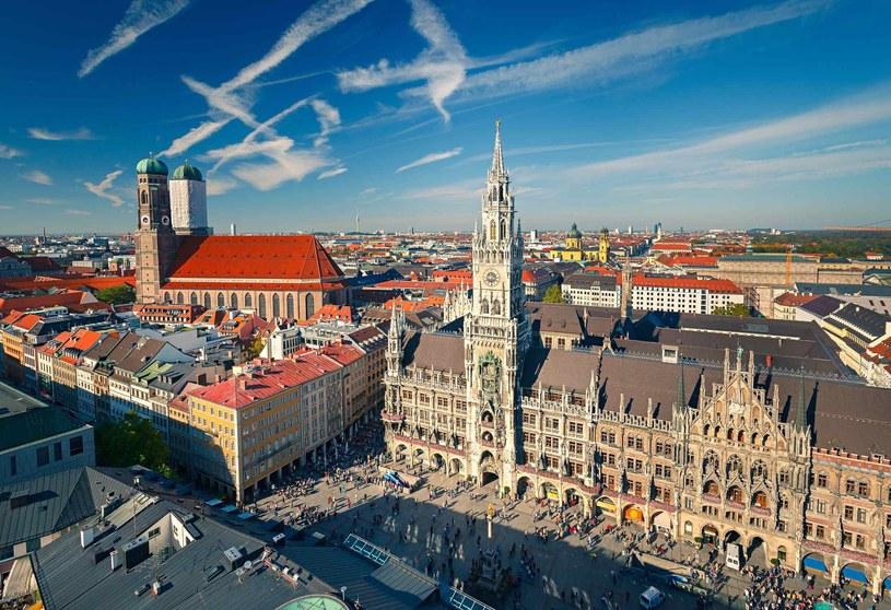 Panorama widziana z wieży kościoła św. Piotra zapewnia najlepszy widok na Rynek i Nowy Ratusz /123RF/PICSEL