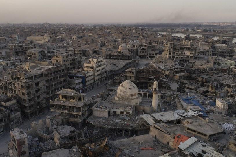 Panorama zniszczonego starego miasta w Mosulu /AP Photo/Felipe Dana /East News