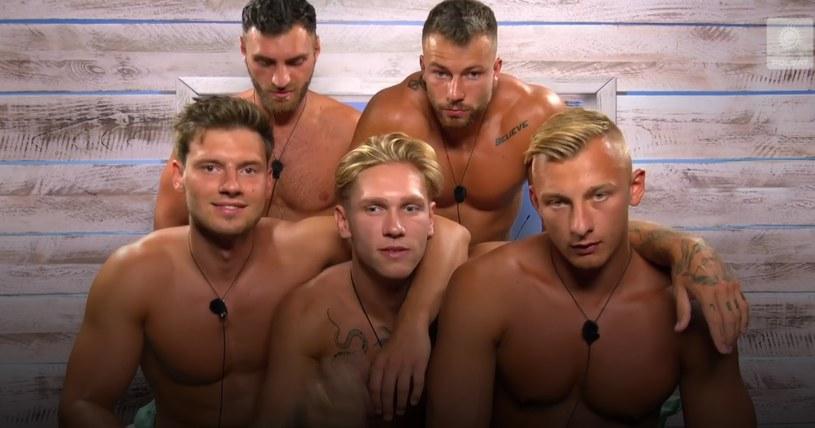 """Panowie w """"Love Island. Wyspa miłości"""" /Polsat/Ipla /Polsat"""