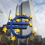 Państwa eurolandu z coraz niższym długiem; siedem z nich z nadwyżkami budżetu