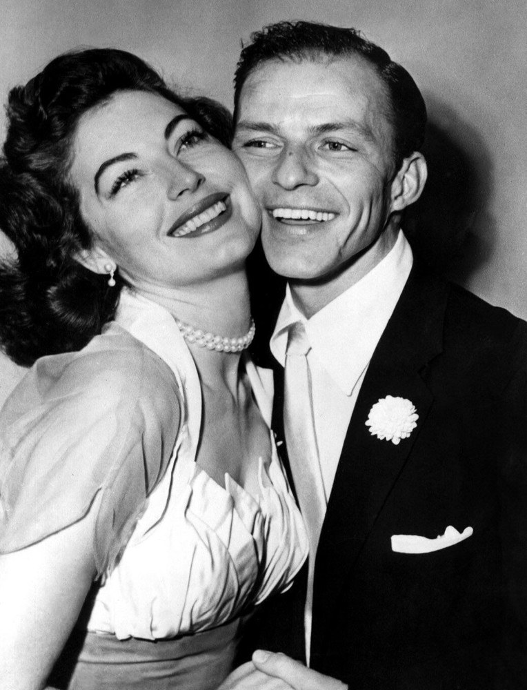 Państwo młodzi: Ava Gardner i Frank Sinatra /Everett Collection /East News