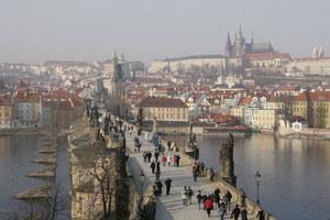 Państwo z najniższym bezrobociem w Unii. Czy na czeskim rynku pracy naprawdę jest tak dobrze?