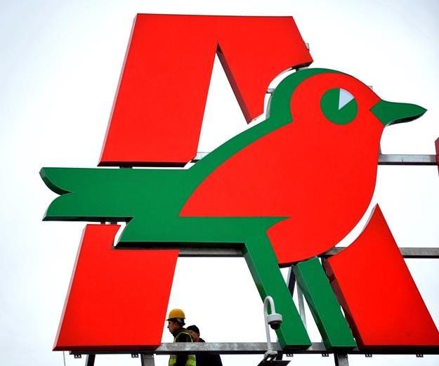 Państwowa Inspekcja Pracy skontroluje Auchan w całym kraju. Fot, M. Lasyk /Reporter