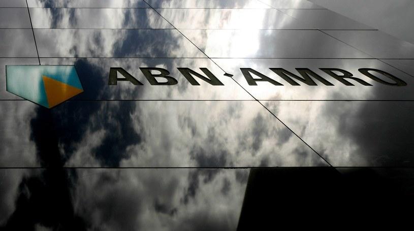 Państwowy bank ABN AMRO zwróci klientom ćwierć miliarda euro /AFP