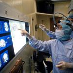 Papier kontra urządzenia mobilne. Co bardziej stymuluje pracę mózgu?