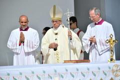 Papieska msza w ZEA. o największa w historii msza na Półwyspie Arabskim