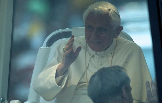Papież Benedykt XVI 28 lutego ogłosi swoją abdykację /AFP