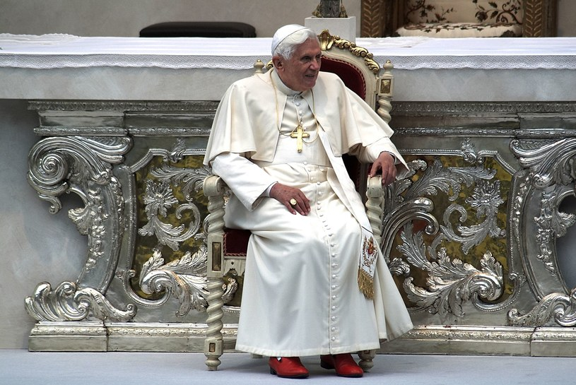 Papież Benedykt /123RF/PICSEL