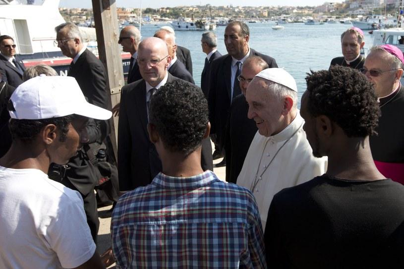 Papież Franciszek na wyspie Lampedusa /AFP