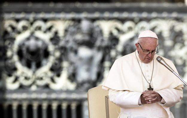 Papież Franciszek podczas nabożeństwa w Watykanie /ANGELO CARCONI /PAP/EPA