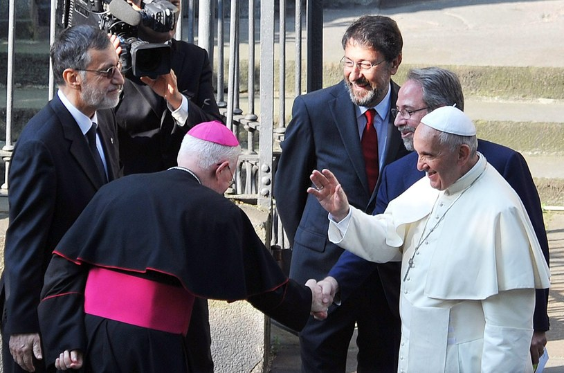 Papież Franciszek podczas wizyty /PAP/EPA