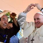 """Papież Franciszek spotkał się z chorymi na AIDS. """"Obojętność rani i zabija"""""""