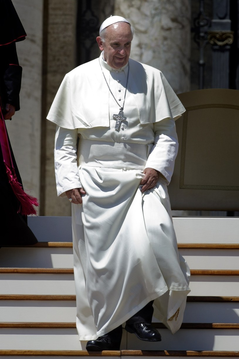 Papież Franciszek stawia na skromność /East News