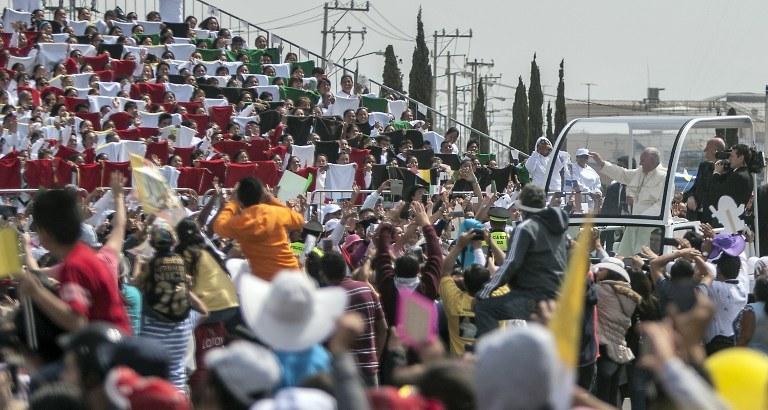 Papież Franciszek w Meksyku /AFP