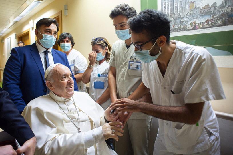 Papież Franciszek w szpitalu /VATICAN MEDIA HANDOUT /PAP/EPA