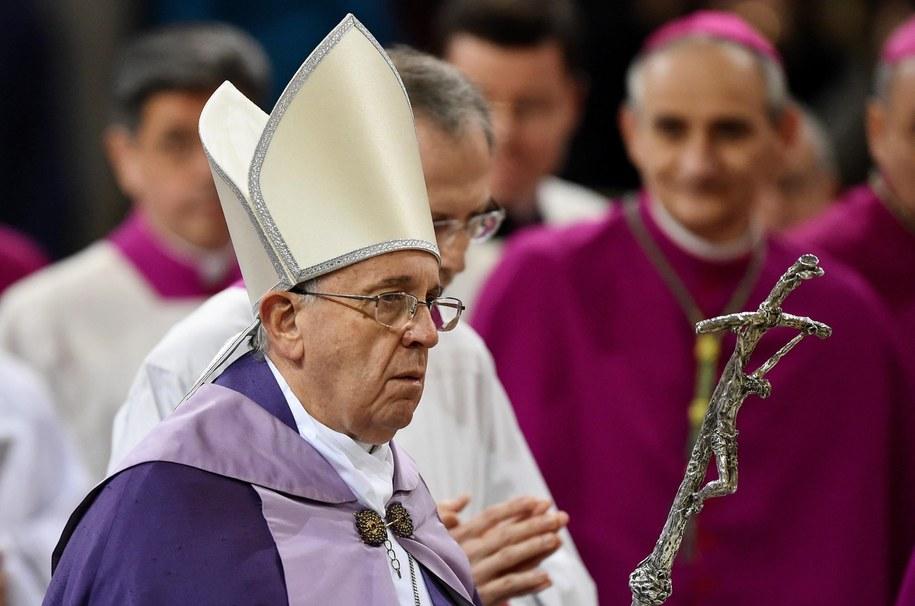 Papież Franciszek /PAP/EPA/GABRIEL BOUYS / POOL /PAP/EPA
