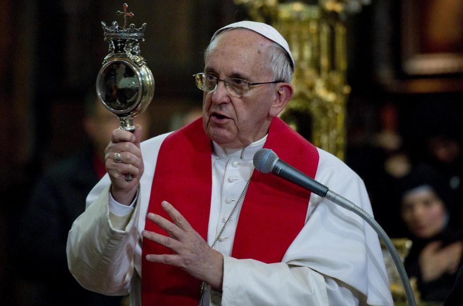 Papież Franciszek /PAP/EPA/CIRO FUSCO /PAP/EPA