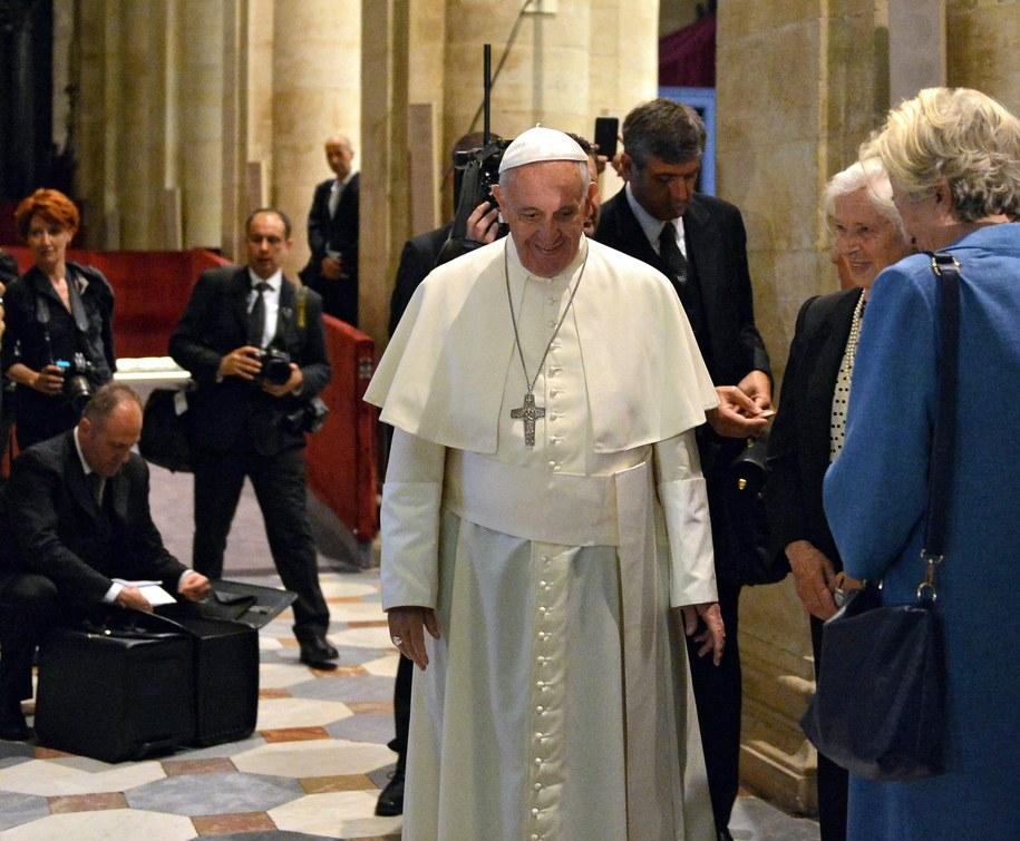 Papież Franciszek /ALESSANDRO DI MARCO  /PAP/EPA