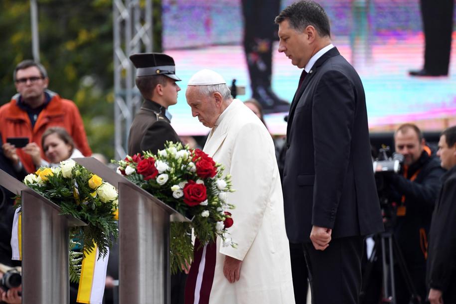 Papież Franciszek /ALESSANDRO DI MEO    /PAP/EPA