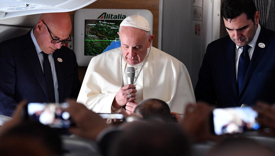 Papież Franciszek /ETTORE FERRARI /PAP/EPA