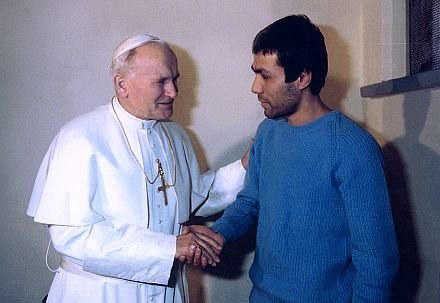 Papież Jan Paweł II i Ali Agca /AFP
