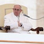 Papież: Katolicy nie mogą siać zgorszenia podwójnym życiem