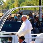 Papież: Nie traktować migrantów jako zagrożenia dla własnej wygody