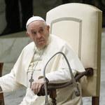 Papież: Pandemia pogrążyła politykę w kryzysie