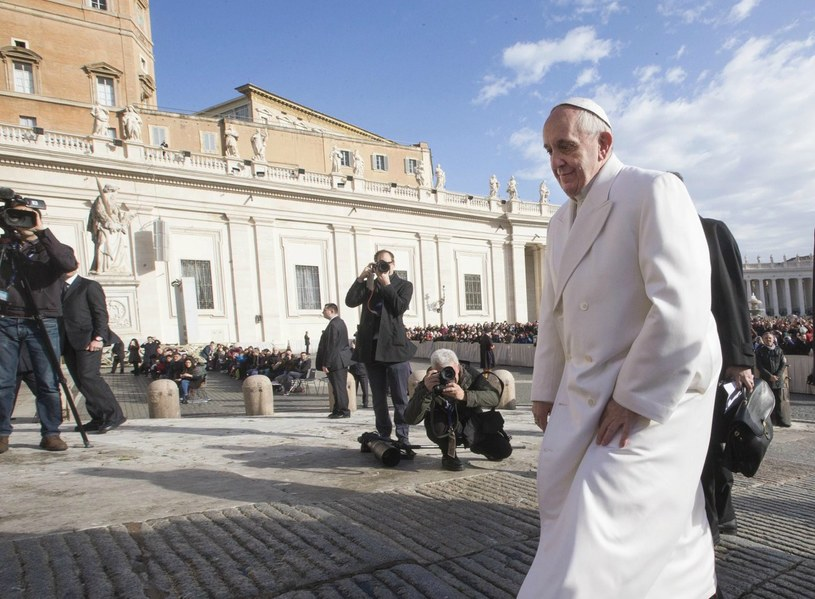 Papież prosi o troskliwą opiekę nad chorymi i seniorami /EPA/CLAUDIO PERI /PAP/EPA