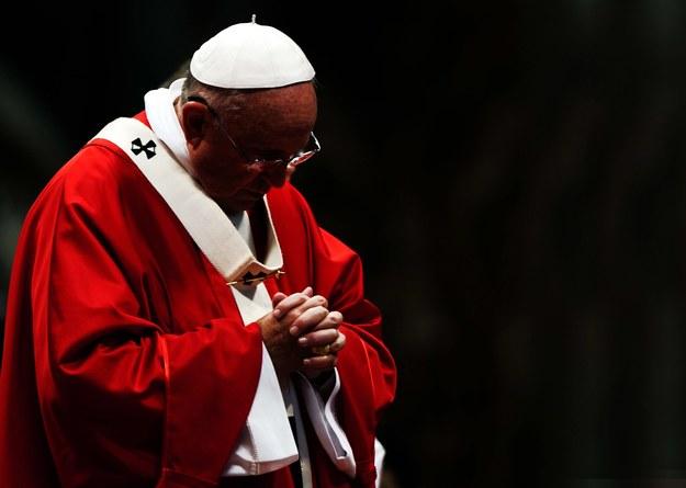 Papież pyta o rozwody, konkubinat i antykoncepcję
