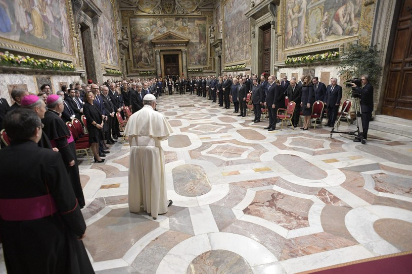 Papież spotkał się z przywódcami UE /PAP/EPA