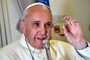 Papież: To nieprawda, że katolicy muszą być jak króliki