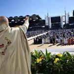 Papież w ZEA. Największa w historii msza na Półwyspie Arabskim