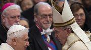Papież wręczył insygnia godności kardynalskiej 19 nowym kardynałom