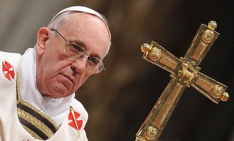 Papież zażądał, aby w kaplicy nie było dziennikarzy ani żadnych zaproszonych gości. /ETTORE FERRARI /PAP/EPA