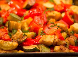 Papryka, pomidory i cukinia (na gorąco)