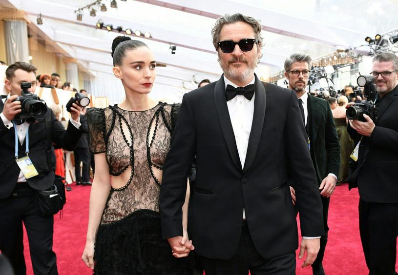 Para aktorska Rooney Mara i Joaquin Phoenix /East News