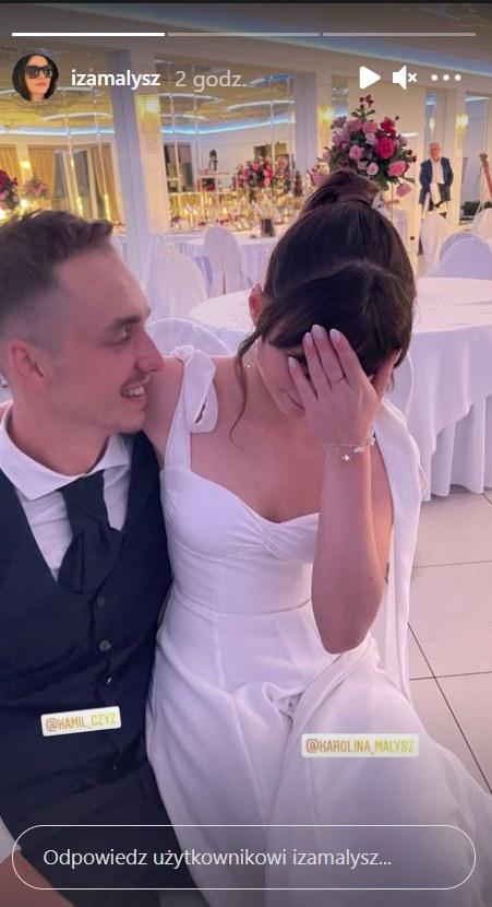 Para młoda: Kamil Czyż i Karolina Małysz    /https://www.instagram.com/izamalysz/ /Instagram