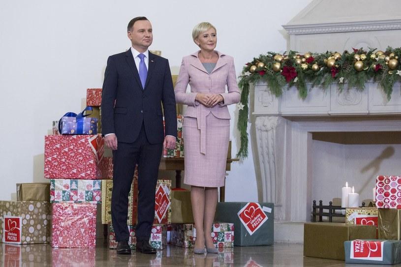 """Para Prezydencka dołączyła do akcji """"Szlachetna Paczka"""" /Andrzej Hulimka  /Reporter"""