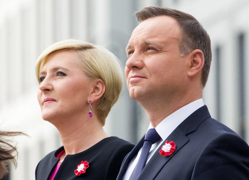 Para prezydencka w nagraniu złożyła życzenia polskim rodzinom /Andrzej Iwańczuk/Reporter /East News