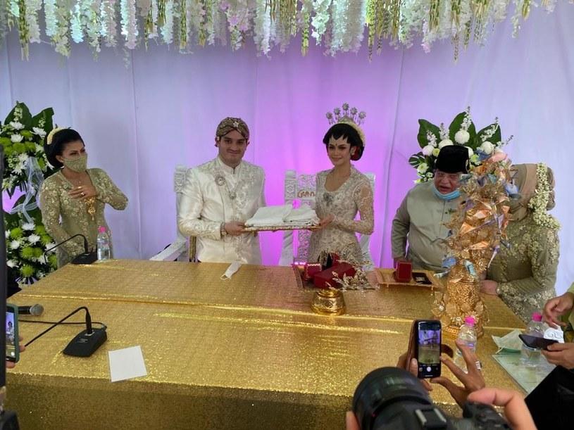 Para w Malezji ominęła restrykcje i zorganizowała wesele na 10 tys. osób /Tengku Adnan Tengku Mansor /facebook.com