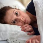 Paraliż senny: Przyczyny, objawy i leczenie