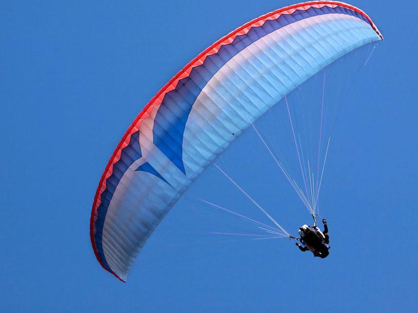 Paralotnia, zdjęcie ilustracyjne /123RF/PICSEL