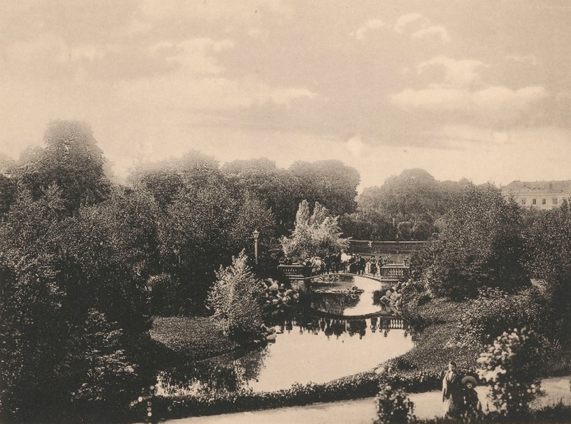 Park Ujazdowski w Warszawie. Fotografia z drugiej dekady XX wieku /Ciekawostki Historyczne