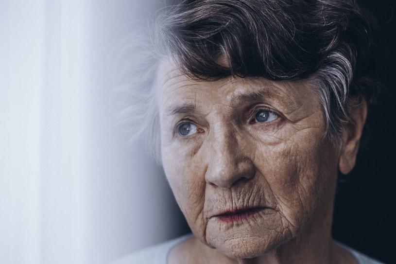 Parkinson sprawia, że nawet proste czynności przerastają chorego /123RF/PICSEL